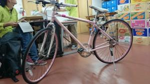 激安自転車整備中
